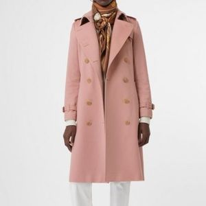 Burberry Kensington pink cashmere trench coat